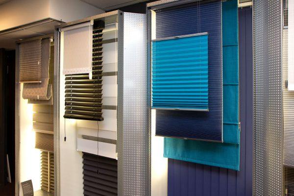 de-vries-wonen-burgum-winkel-raamdecoratie